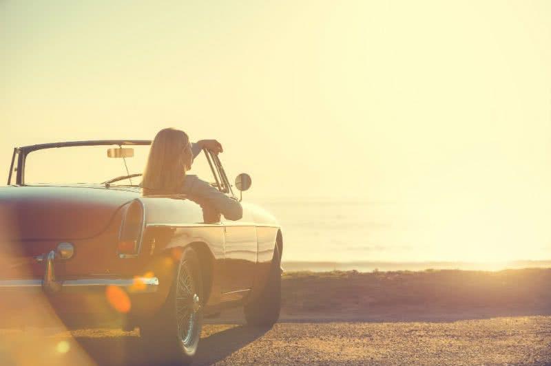 Mit einem geleasten Auto unbeschwert an den Strand