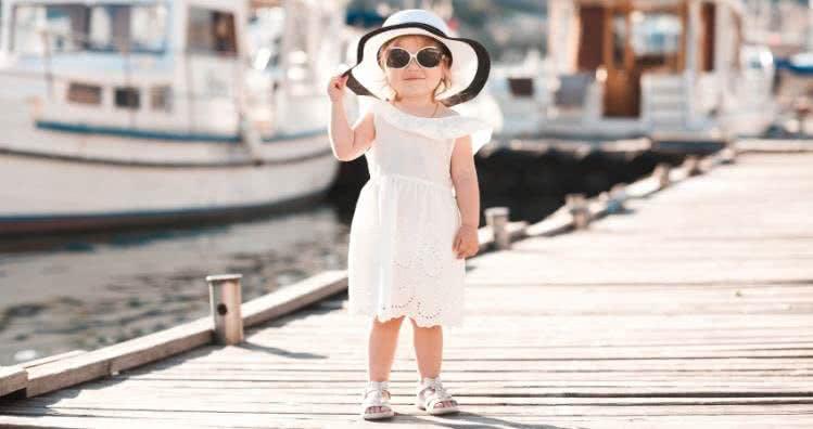 Kinderkleidung für festliche Sommer-Events