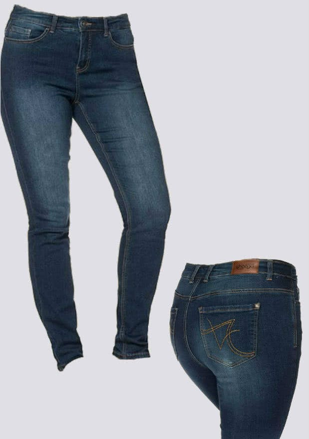 Toller Denim Style von Sheego: Dark Blue Jeans
