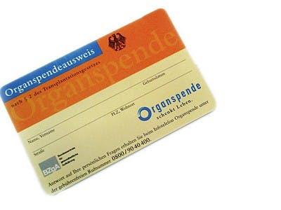 Organspendeausweis im Scheckkartenformat jetzt holen
