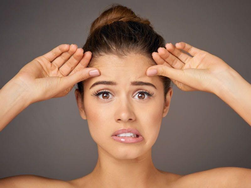 Der Hauttyp empfindlich muss mit Samthandschuhen angefasst werden.