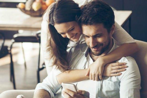 Geld sparen und Streaming-Account teilen
