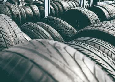 Spare bei Reifen vor Ort mit einem Gutschein