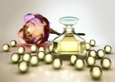 Auch Parfums shoppst du preiswert bei Crowdfox