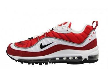 Ganz gleich, ob dein Herz für Nike, adidas oder New Balance schlägt, bei MONOX findest du alle großen Marken