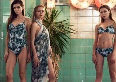 Du findest auch schicke Bademode im Onlineshop von Palmers. Viel Spaß beim Planschen!