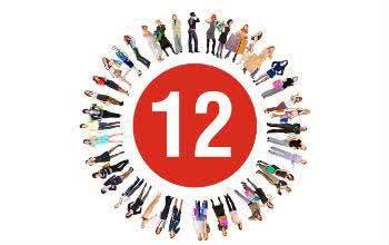 Ein großes Team sucht bei top12.de immer nach den besten Angeboten für dich