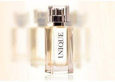 Dein selbstkreiertes Parfum in einem schicken Flakon.