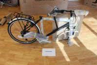 Fahrrad.de und Testsieger Brügelmann.de lieferten das identische Fahrrad, hier musste unter anderem das Laufrad montiert werden.