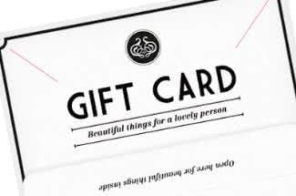 Mit einem Geschenkgutschein von Zoeva Cosmetics könnt ihr euren Lieben eine schöne Freude bereiten