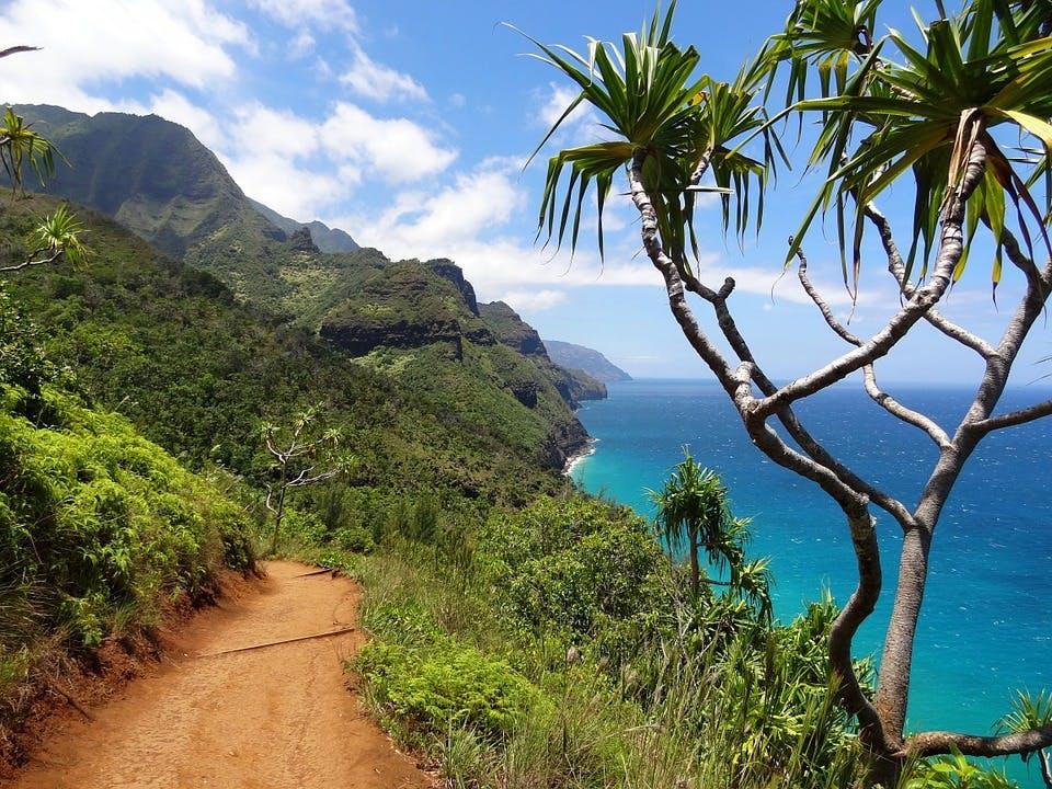 Von Waikīkī nach Maui